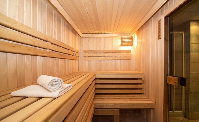 Pose d'un sauna : quelles réglementations ?